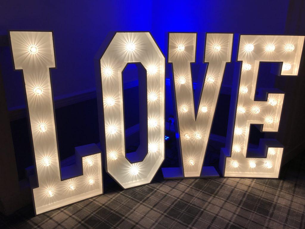Love & Floor Walworth Castle Hotel